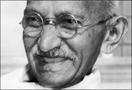 Gandhi y no violencia